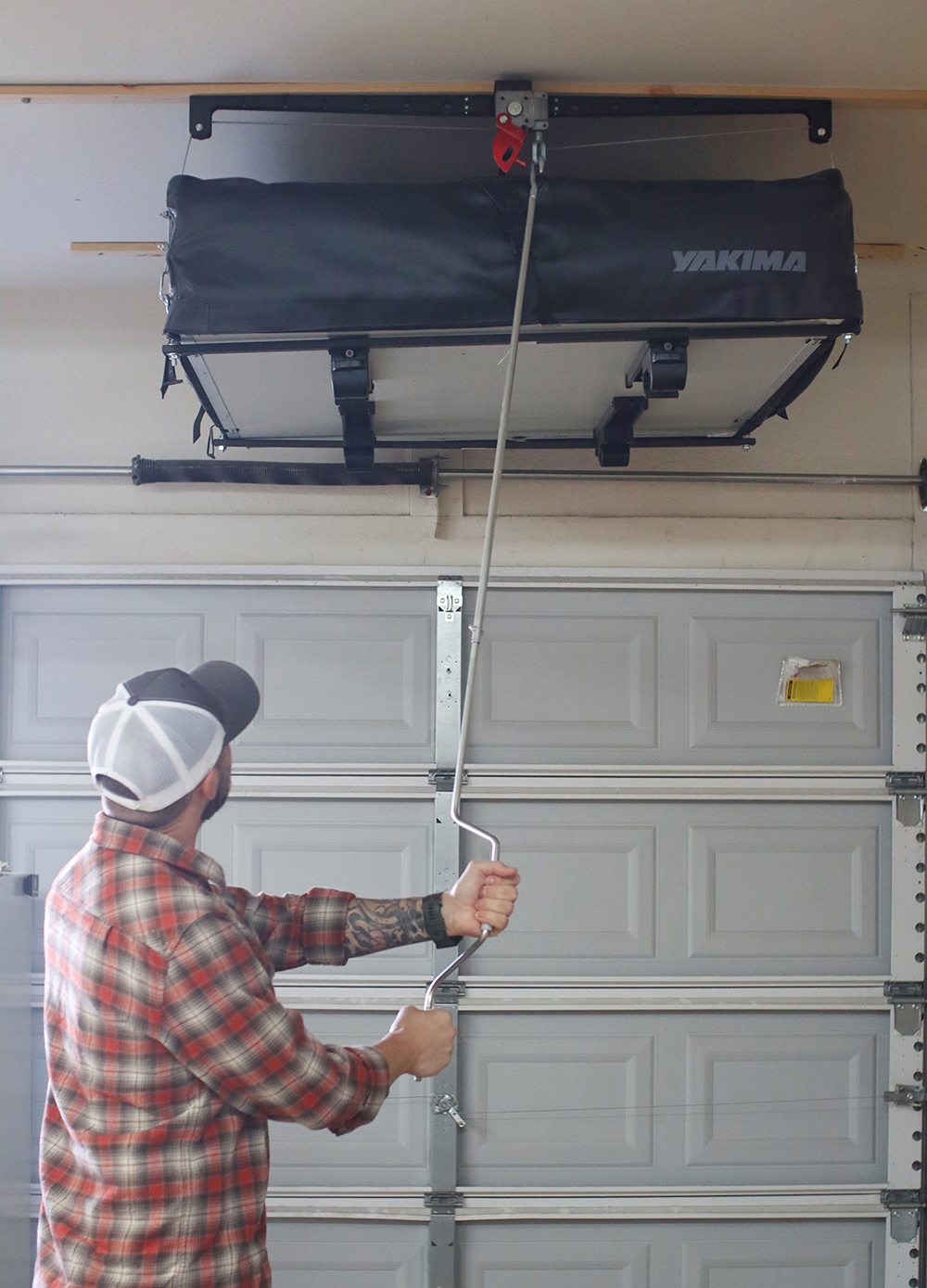 Operating Garage Hoist Rooftop Tent