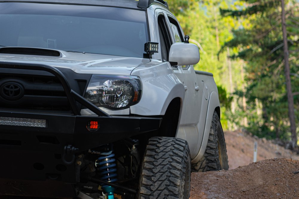 Long Travel 2nd Gen Tacoma with Fiberglass Fenders