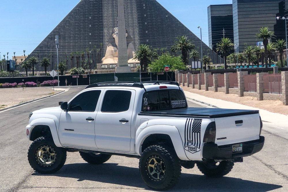 Super White 2nd Gen Tacoma with TravelPRO Tonneau Bed Cover