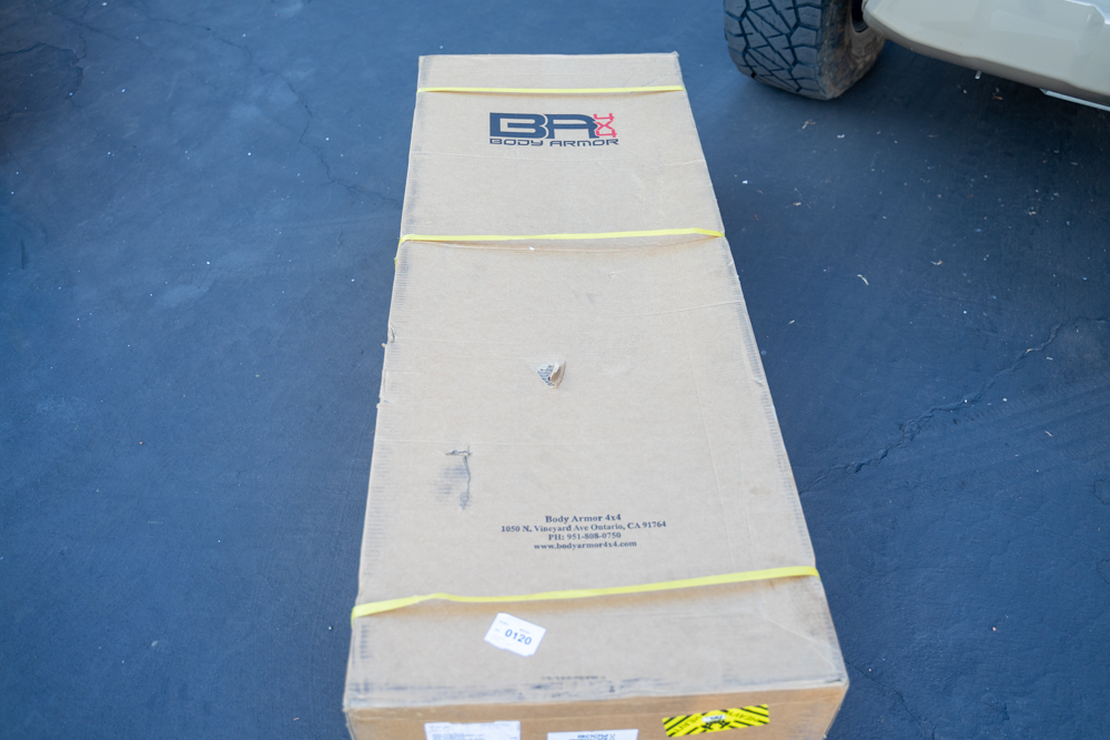 Body Armor 4X4 HiLine Front Bumper Packaging