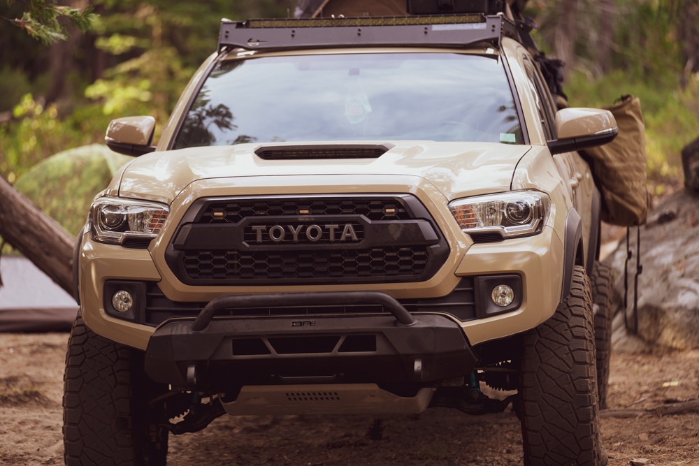 3rd Gen Quicksand Tacoma with Body Armor 4X4 Steel Front Bumper