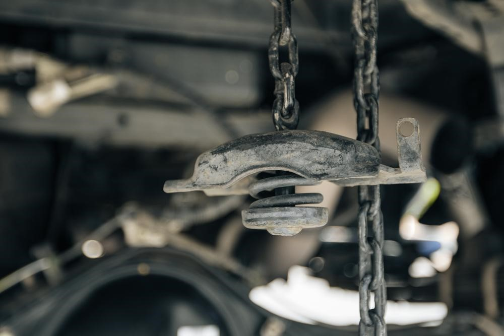 Tire Hoist & Chain on 3rd Gen Tacoma