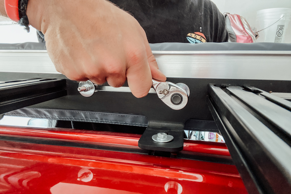 How to Install ARB Retractable Awning on Roof Rack
