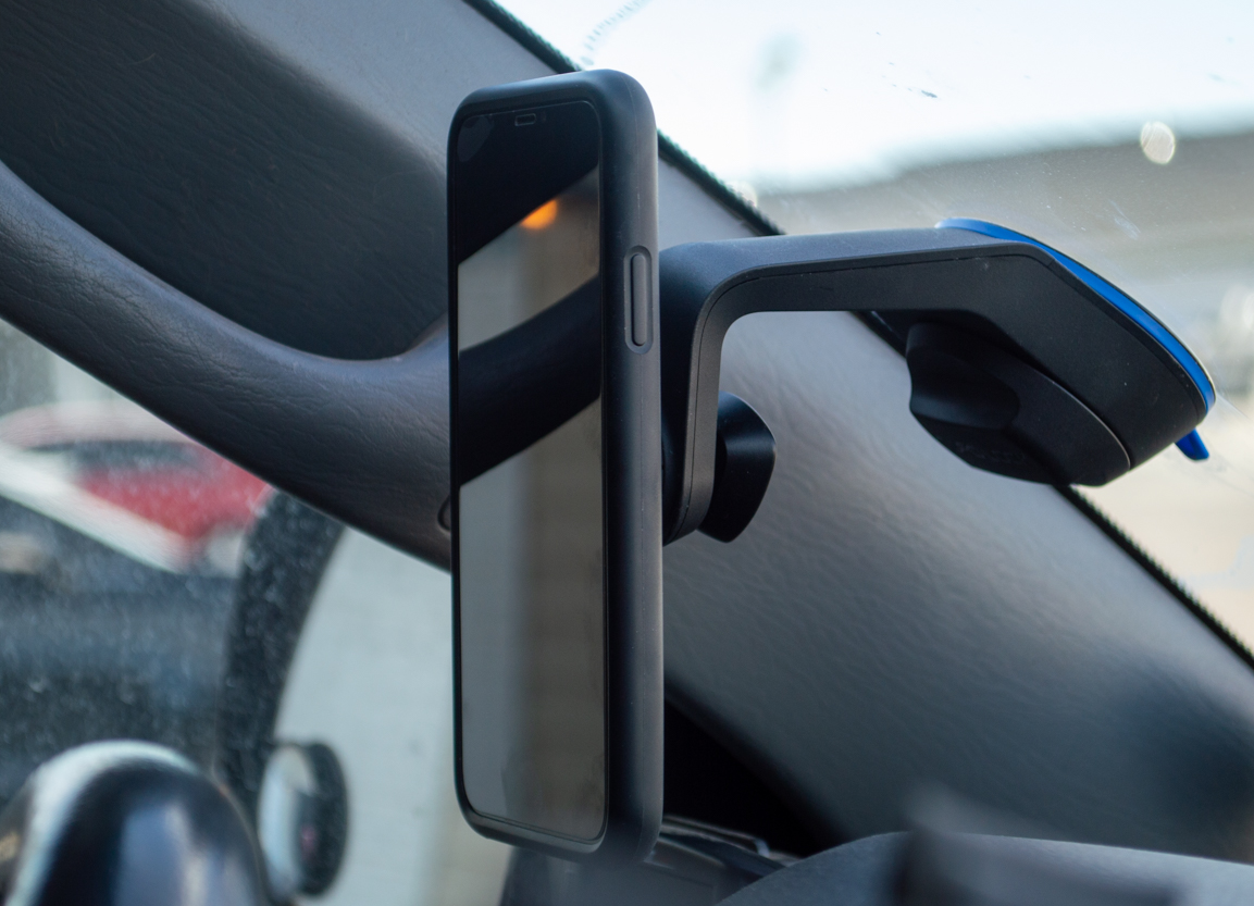 Quad Lock Drive Phone Case & Car Windshield/Dash Mount Review