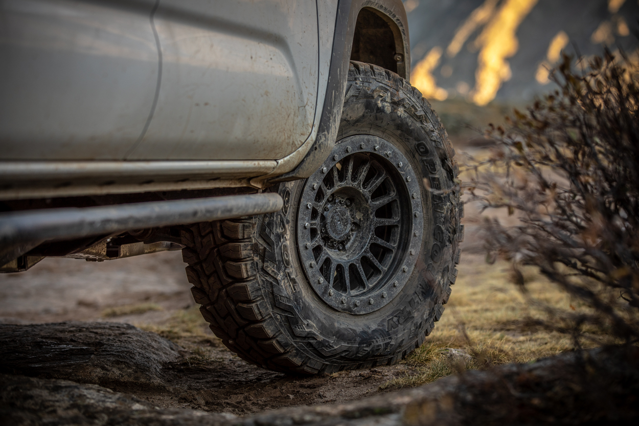 Relations Race Wheels RR5-H Hub-Centric, Hybrid Beadlock Aftermarket Wheels for 3rd Gen Toyota Tacoma