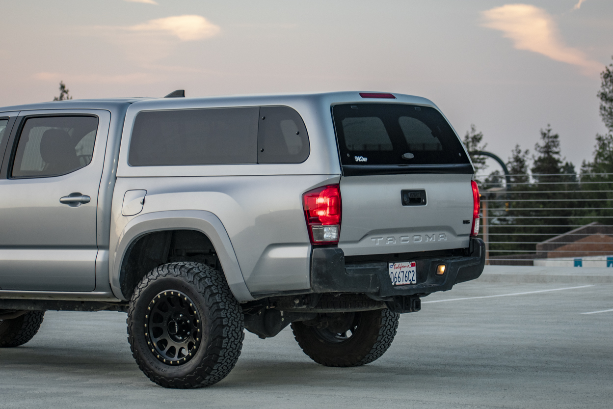 SnugTop Super Sport Topper on Silver Sky Metallic 3rd Gen Tacoma