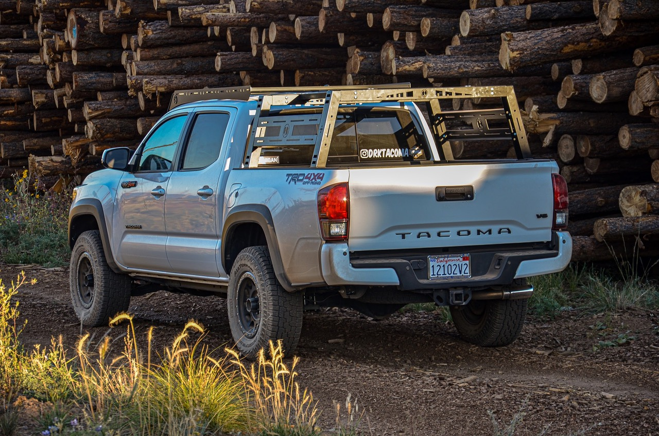 Hobbs Offroad Freedom Bed Rack on Super White 3rd Gen Tacoma - Install & Impressions