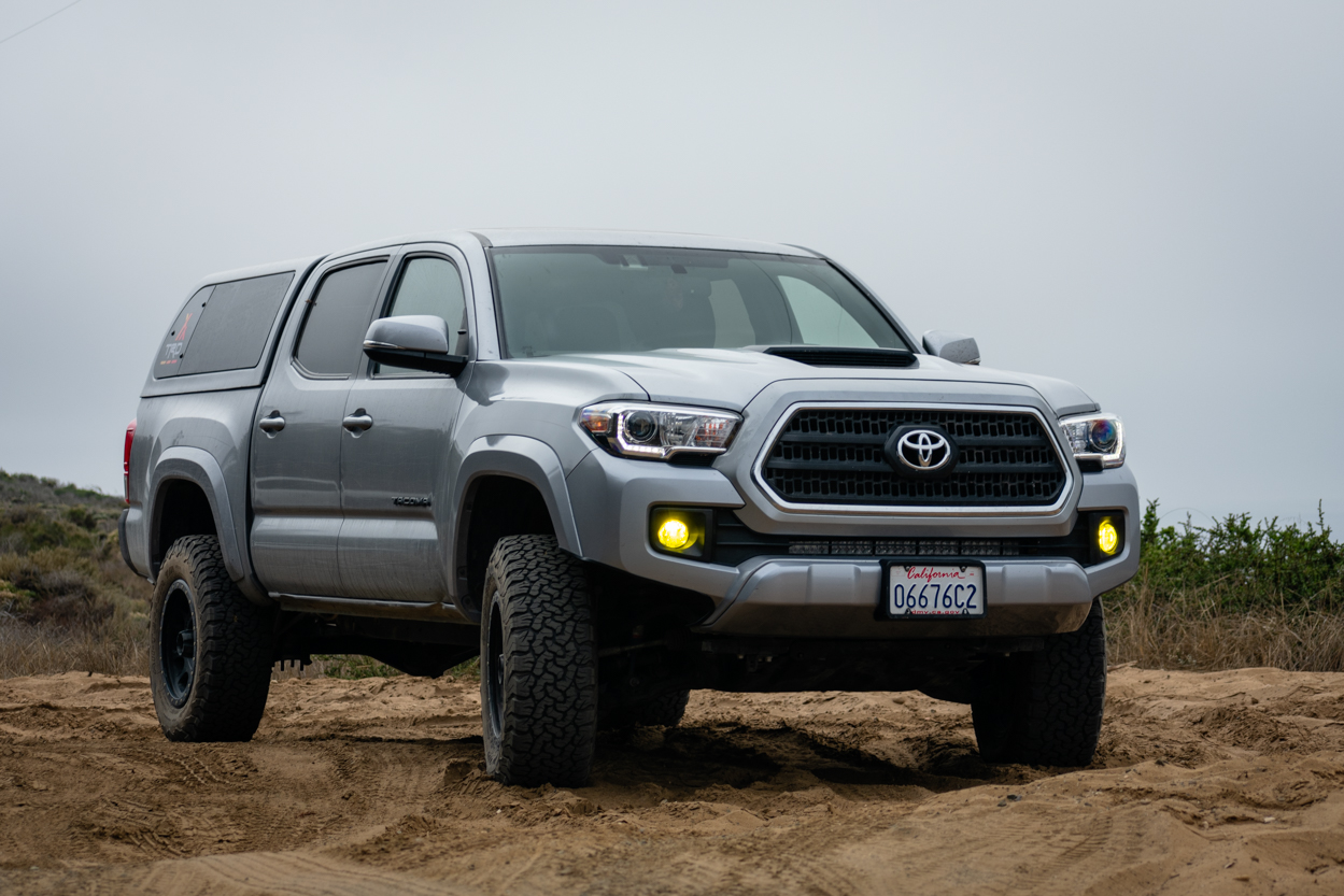 Cement 3rd Gen Tacoma with LASFIT LED Switchback Fog Light Bulbs
