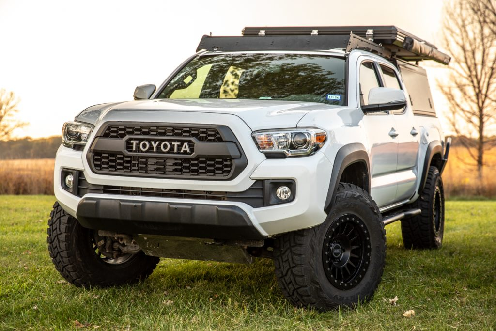 3rd Gen Tacoma with Hard Shell Rooftop Tent