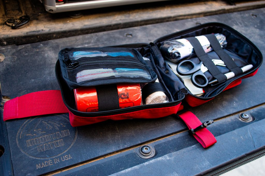 Full Overview & Review - Surviveware Trauma First Aid Kit