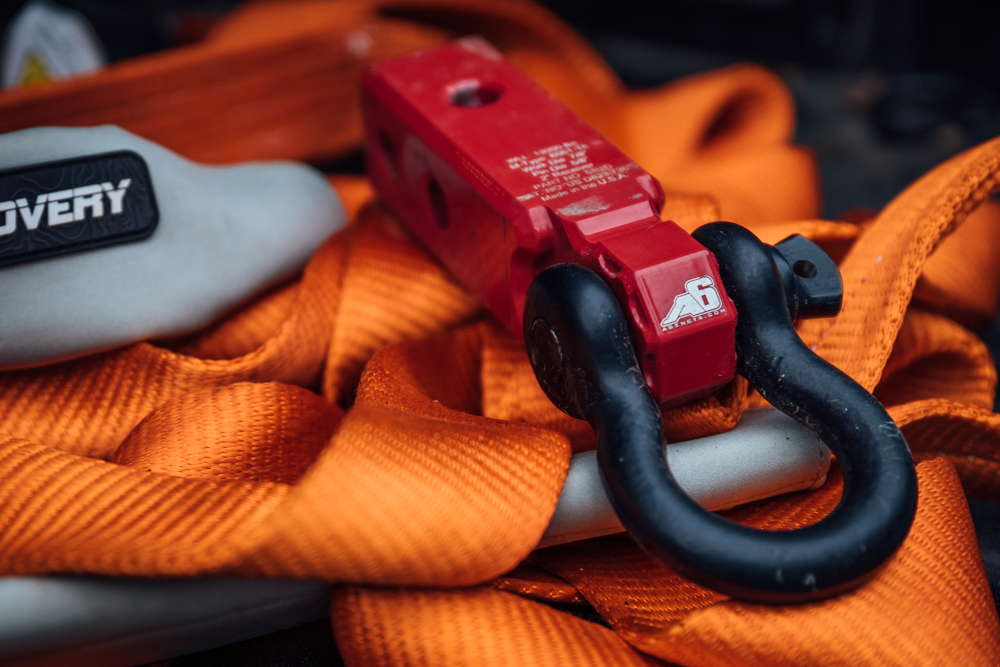 Red Agency 6 XL Universal Shackle Block Review & Overview