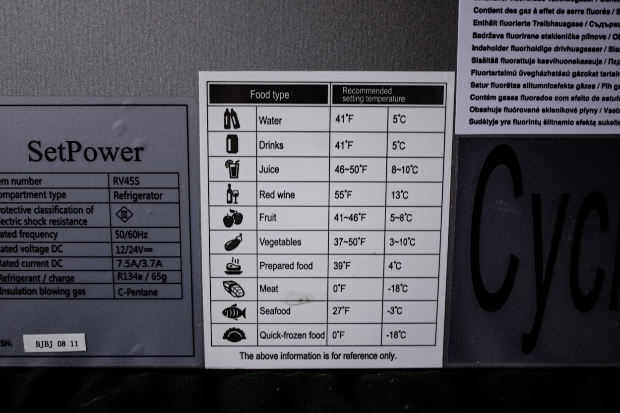 SetPower USA RV45 47 Quart Portable Cooler Chest