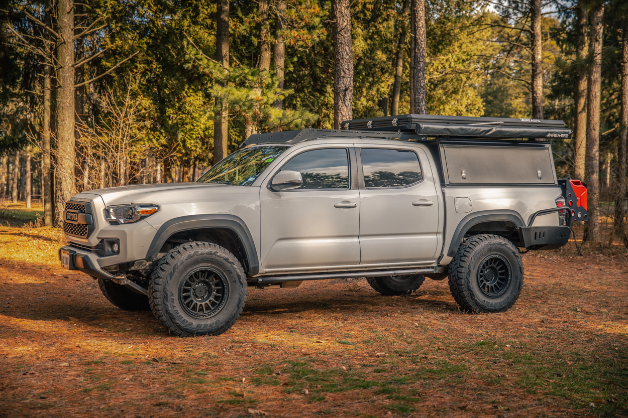 3rd Gen Tacoma with Relations Race Wheels RR6-Hs and Toyo Open Country R/Ts