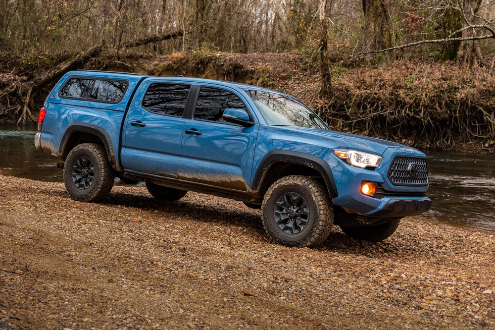 Full Review & Overview - Leer 100R Camper Shell for Toyota Tacoma