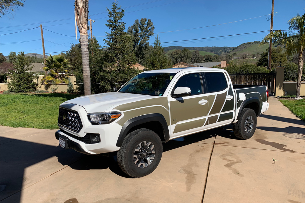 Super White 3rd Gen Tacoma with GOAT Truck Armor
