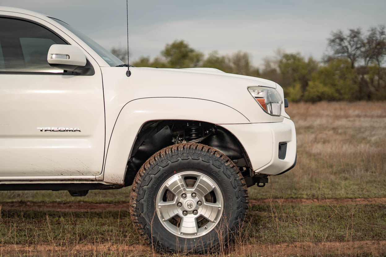 "Bilstein 5100 3"" Lift Kit for 2nd Gen Tacoma - White Double Cab Short Bed"