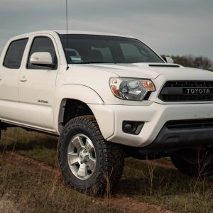 "33"" Tires (285/70R17) on Toyota Tacoma - Complete Guide"