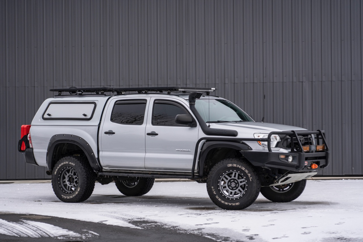 Eezi Awn Roof Rack on Double Cab 2nd Gen Tacoma with Bed Topper