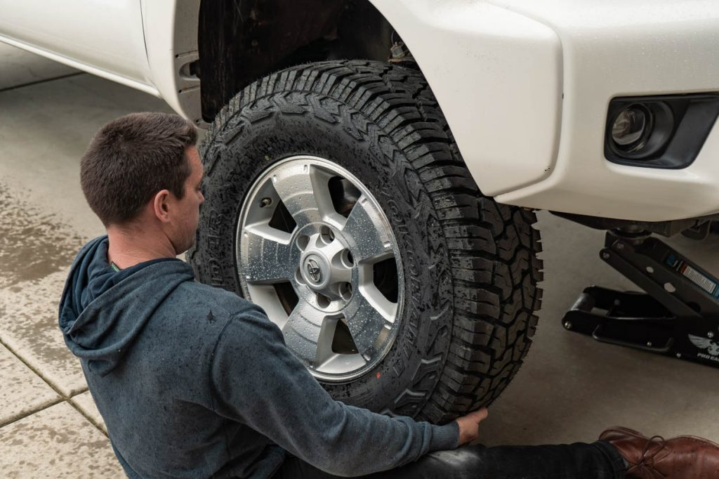 Lifted 2nd Gen Toyota Tacoma Tire Install