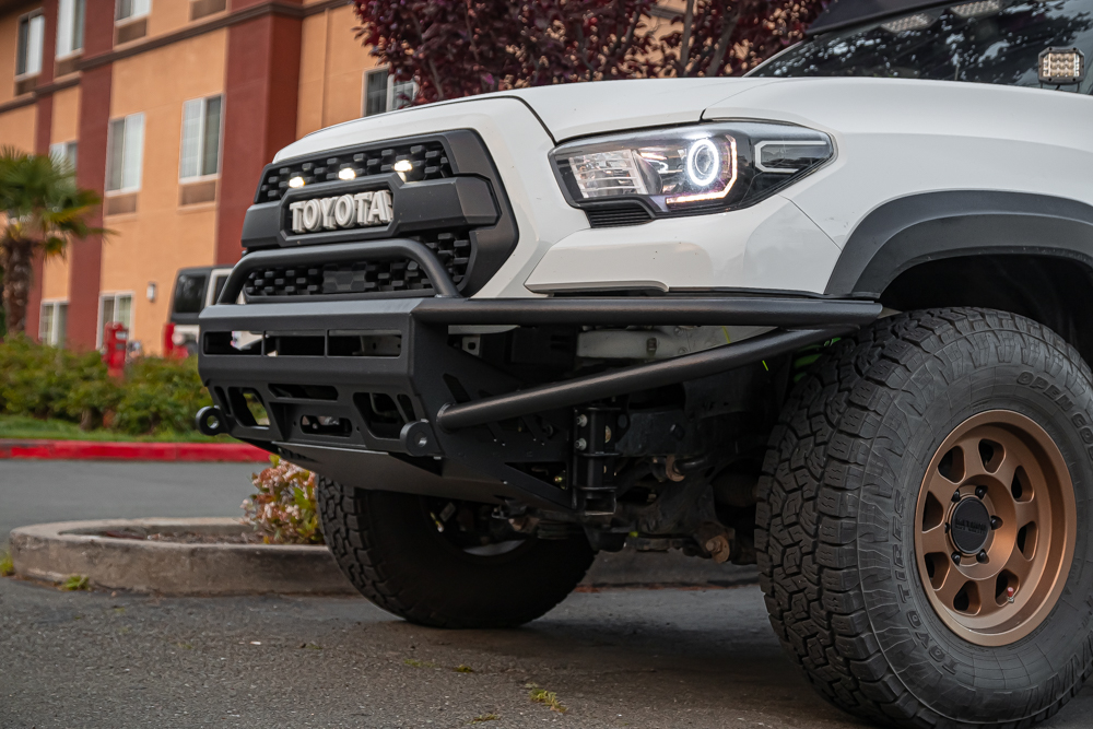 Super White 3rd Gen Tacoma with Bay Area Metal Fabrication (BAMF) Hybrid Steel Front Winch Bumper