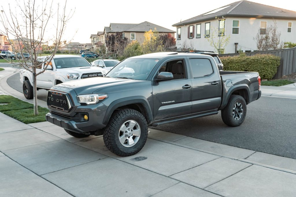 33-Inch (33s) Tires VS Factory Tires - 3rd Gen Tacoma