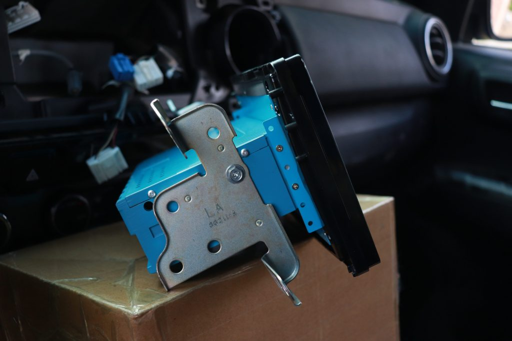 Installing Car Trim Home PX6 Head Unit for 3rd Gen Tacoma