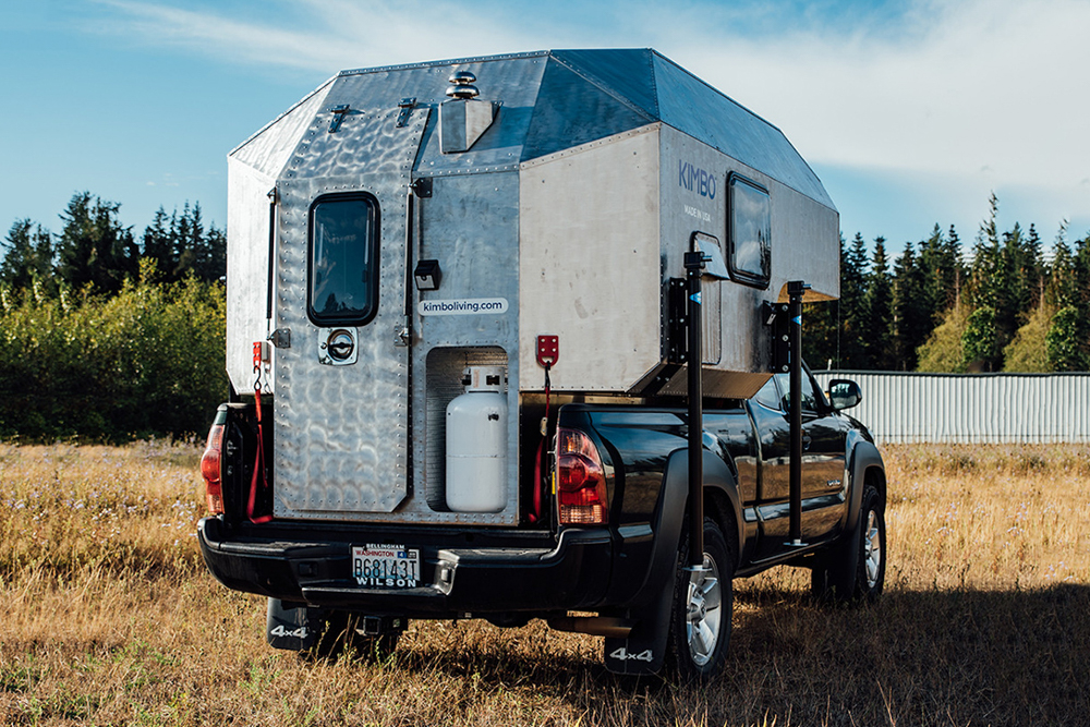 2nd Gen Toyota Tacoma with Kimbo Living 6 Series Camper