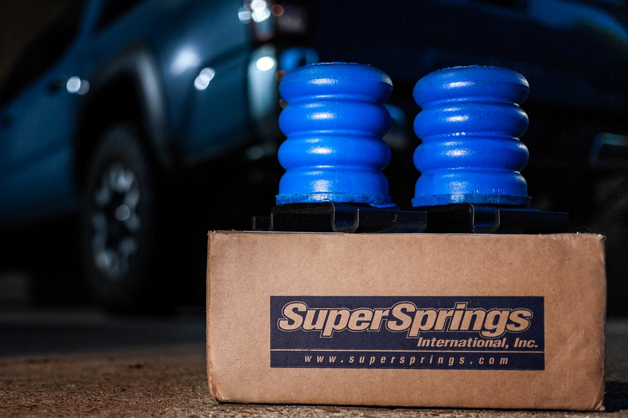 Blue SuperSprings SumoSprings (SSR-612-40) for 3rd Gen Toyota Tacoma