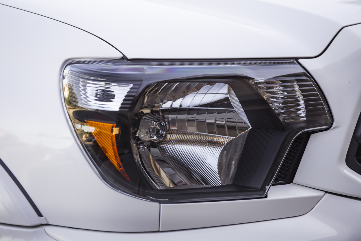Blacked Out Headlight for Toyota Tacoma