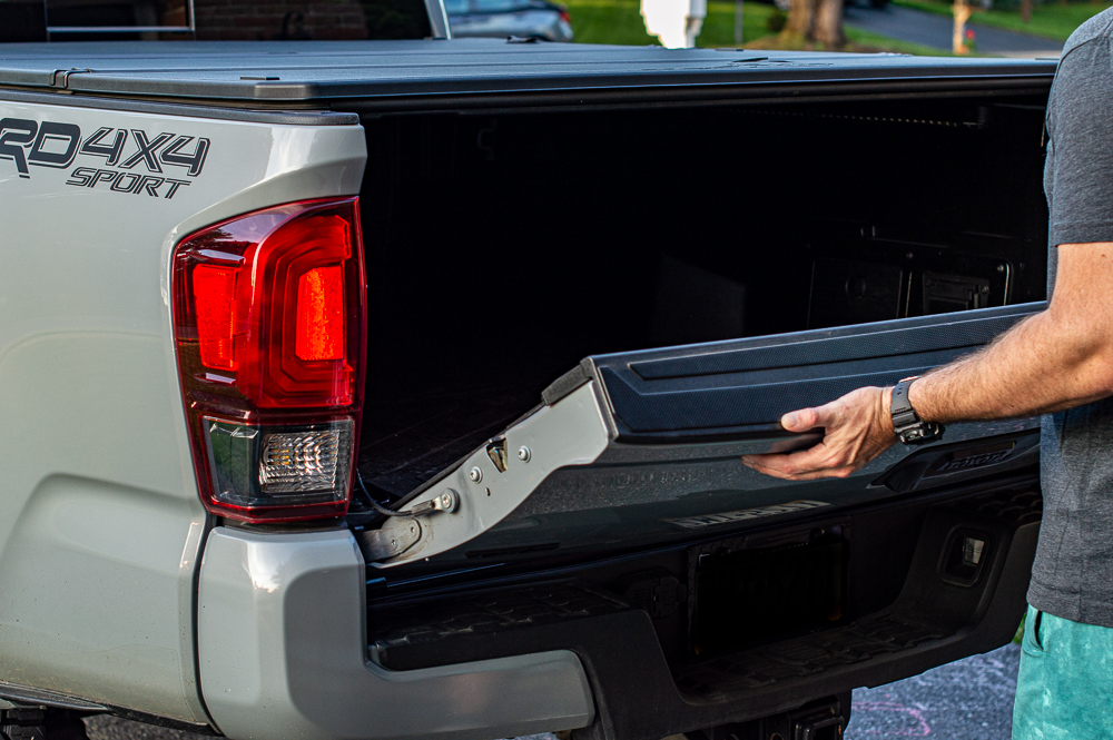 Aftermarket Power Tailgate Lock for Toyota Tacoma