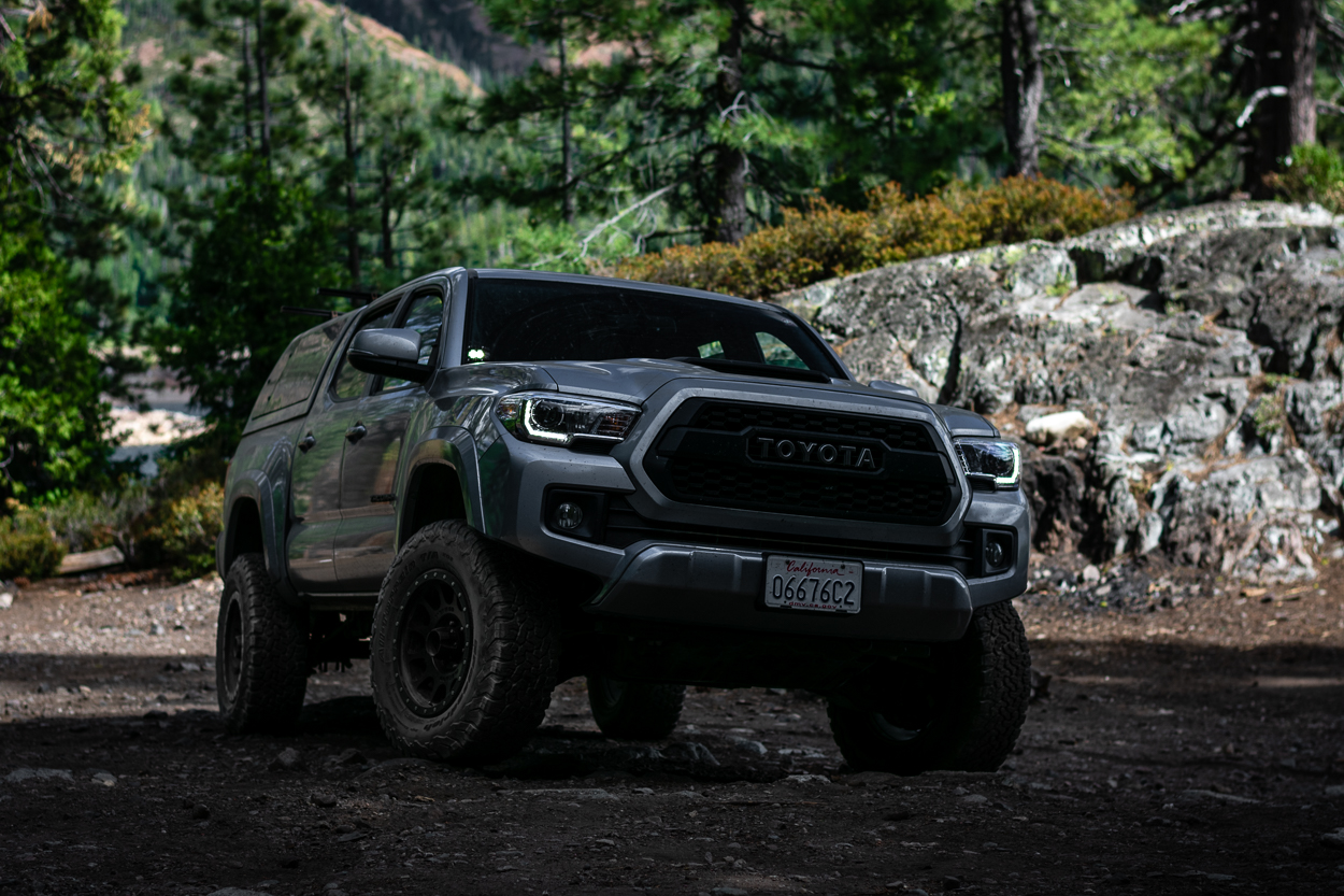 Lifted 3rd Gen Tacoma with Heretic Studio BA-2 LED Light Pods - Review & Overview
