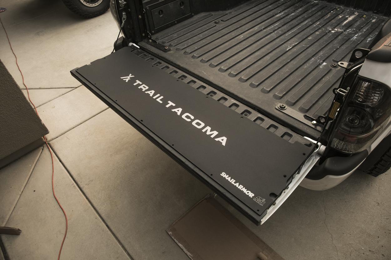 Flat Tailgate Panel For Toyota Tacoma